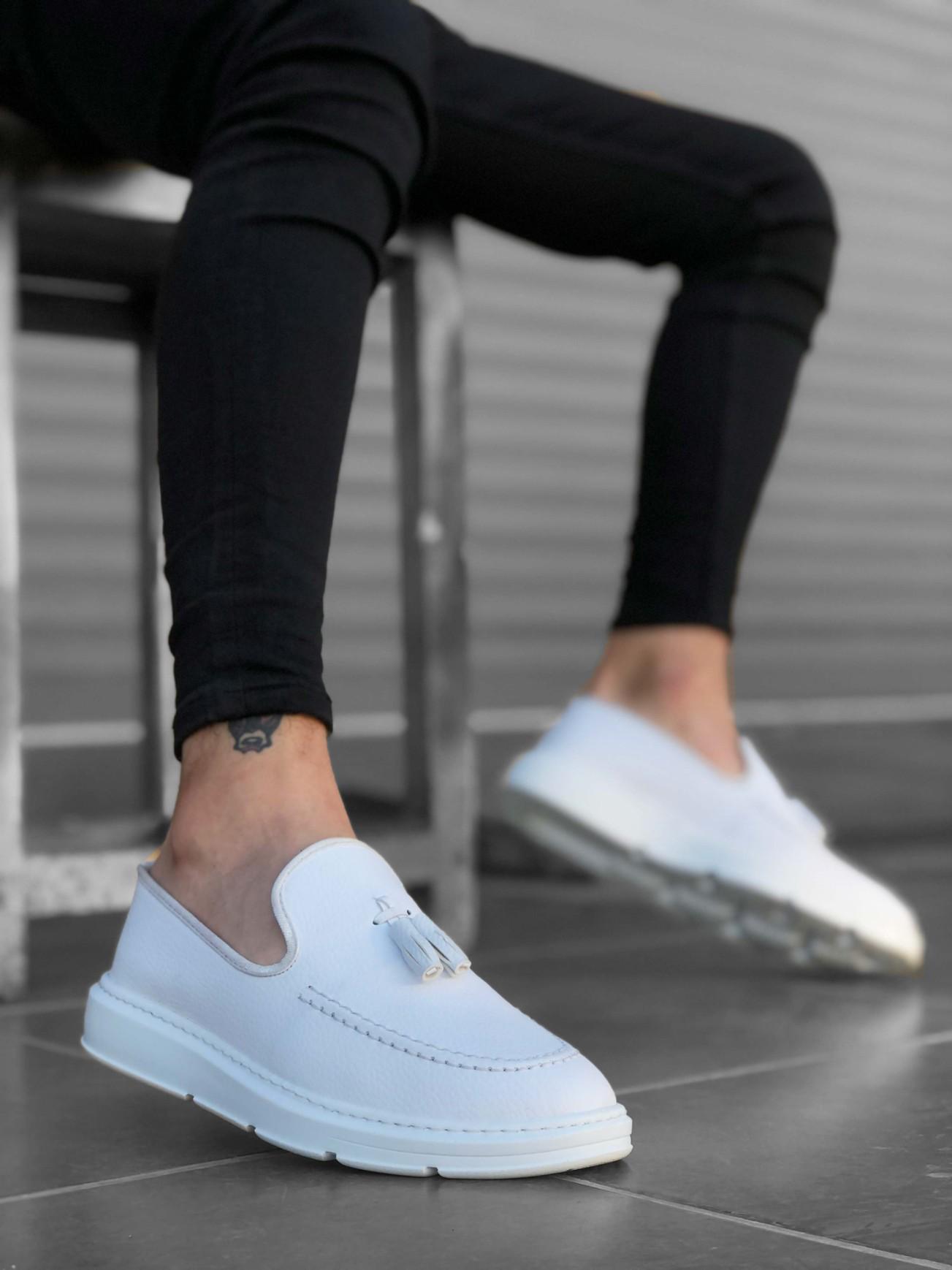 BA0005 Bağcıksız Yüksek Taban Klasik Beyaz Püsküllü Erkek Ayakkabı